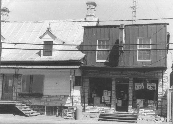 L'épicerie Tousignant en 1987