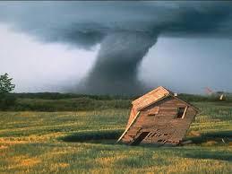 Une tornade à Sainte-Cécile-de-Lévrard.